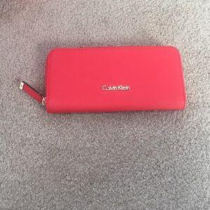 Calvin Klein textured leather wallet